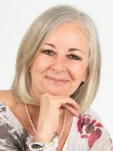 Intuitive Healer Natalie Lewis